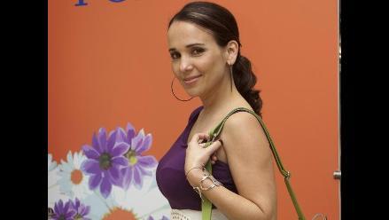 Érika Villalobos con chinchón por escobazo en la cabeza