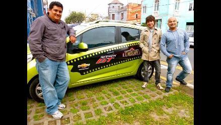 Bruno Pinasco y todo el team Cinescape en súper firma de autógrafos