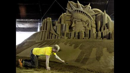 Impresionantes esculturas de arena de monumentos del mundo