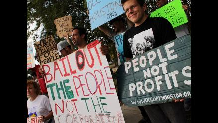 Indignados de Houston completan tres días consecutivos de protestas