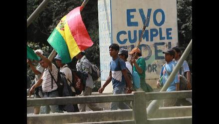 Bolivia: indígenas marchan imparables hacia La Paz