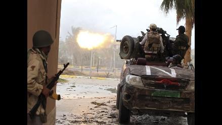 Rebeldes libios capturan a un general gadafista en el centro de Sirte