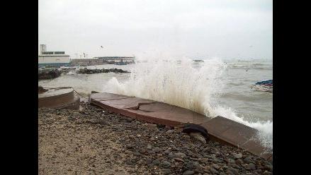 Chincha: Cierran desembarcadero de Tambo de Mora por oleajes anómalos