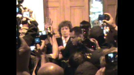 Mick Jagger recibió obsequios de los nativos de Madre de Dios