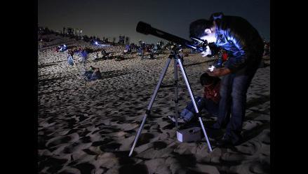 Ciudad Juárez rompe récord de más telescopios observando el cielo