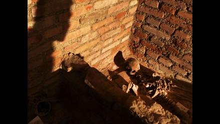 Hallan una cripta sepulcral del siglo XVII bajo la Catedral de Lima
