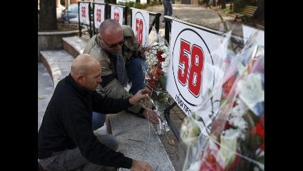 Plantel del Milan y deporte italiano llora muerte de Marco Simoncelli