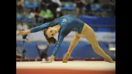 Imágenes de las bellas medallistas de gimnasia artística en Guadalajara
