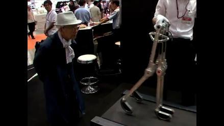 Robot es capaz de caminar propulsado por su peso