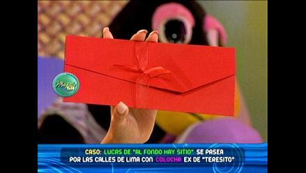 Susy Díaz circula partes de su boda en color rojo intenso