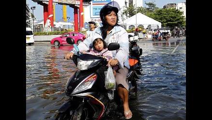 Inundaciones se abren paso hasta Bangkok