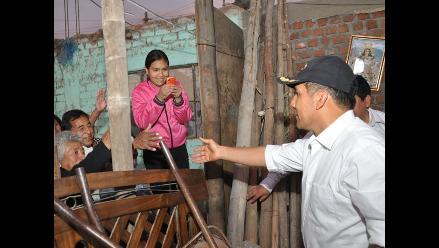 Presidente Humala entrega ayuda humanitaria a damnificados por sismo