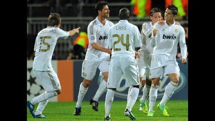 Cristiano Ronaldo anota doblete y Real Madrid avanza en Champions