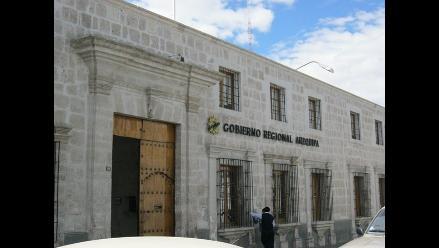 Arequipa: Trabajadores de la gerencia de transportes suspenden paro