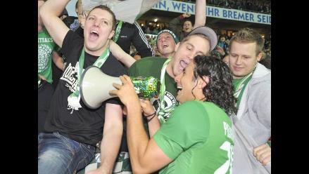 Vea el triplete de Claudio Pizarro que le dio triunfo al Werder Bremen
