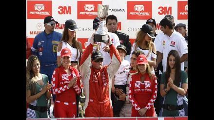 Christopher Fuller se consagró campeón de la TC 2000 en ´La Chutana´