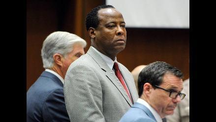 Jurado declara culpable de homicidio involuntario a Conrad Murray