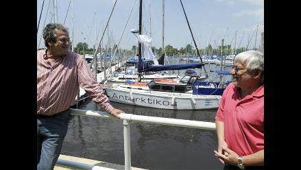 Navegarán más de 6,000 kilómetros en un velero artesanal
