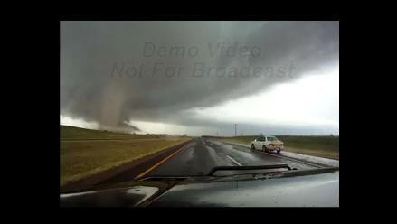 EEUU: Potentes tornados azotan el sureste de Oklahoma