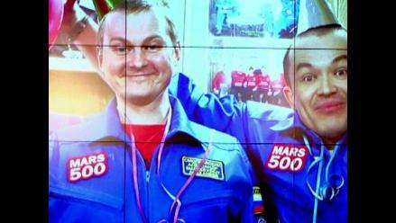 Astronautas finalizan entrenamiento de 520 días simulados en ´Marte´
