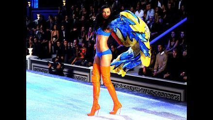 Adriana Lima cuestiona estricta dieta de las modelos de Victoria´s Secret