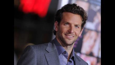 Bradley Cooper es elegido como el hombre más sexy del año