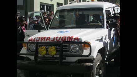 Puno: Dos muertos y tres heridos deja vuelco de ambulancia