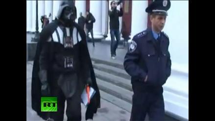 Darth Vader exige un terreno gratuito en localidad ucraniana