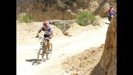 Jaenense se impuso en competencia de ciclismo de montaña en Pacaipampa