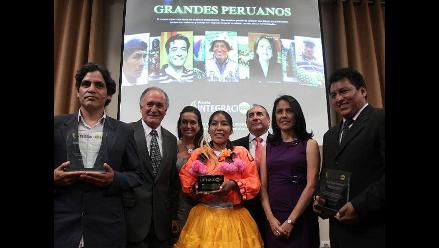 Grupo RPP entregó Premio Integración 2011 a grandes peruanos