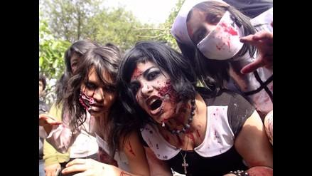 Cientos de ´zombies´ invadieron calles de Miraflores