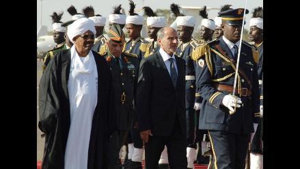 Ordenan arresto del presidente de Sudán por crímenes de lesa humanidad