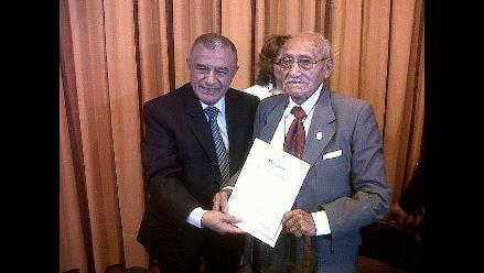 Rinden homenaje a pacientes centenarios de EsSalud