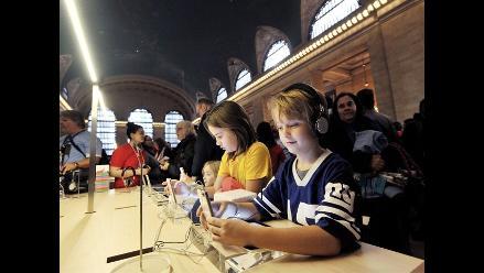Apple abre su mayor tienda en la estación Grand Central de New York