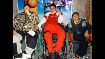 Mc Francia prepara navidad para niños discapacitados