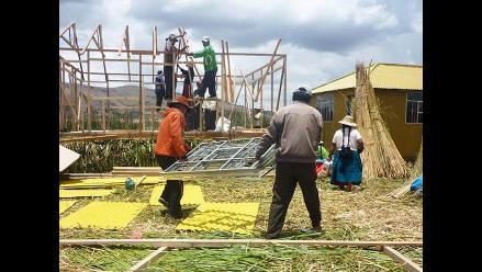 La nueva aula de Amalia Suaña en la Isla Tupiri