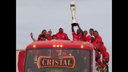 Algarabía y emoción por llegada de plantel de Juan Aurich a Chiclayo