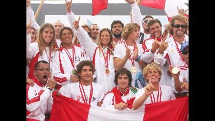 Otorgarán Laureles Deportivos al equipo peruano campeón mundial de tabla