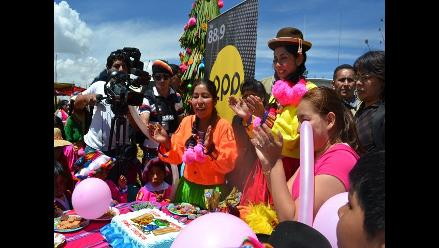 La fiesta de Sumita Corazón en la isla Tupiri