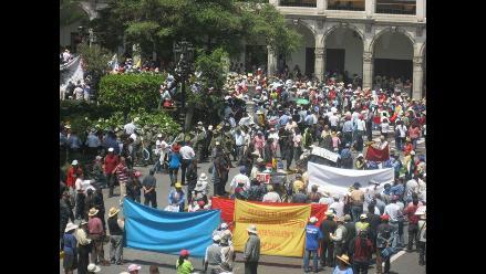 Arequipa: Pobladores de Cayma se movilizaron pidiendo electrificación