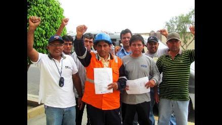 Lambayeque: Trabajadores de construcción vial piden pago de salarios