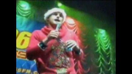 Tenista Andy Roddick rapeó en fiesta de Navidad de conductor Bobby Bones