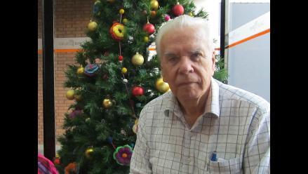 El Dr. Fernando Maestre saluda por Navidad a los oyentes de Era Tabú