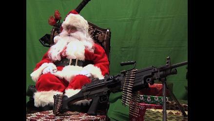 Papá Noel armado causa sensación en Estados Unidos