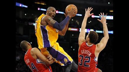 Kobe Bryant entrenó con normalidad y vuelve ante Chicago Bulls
