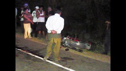 Chiclayo: Joven policía muere tras despistarse cuando manejaba su moto