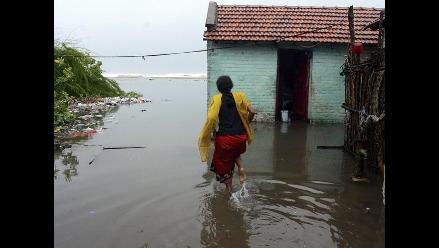 India en alerta por tormenta ciclónica