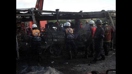 Vuelco de camión cisterna ocasionó fatal incendio en Caracas