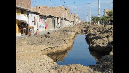 Chiclayo: Lagunas de aguas servidas ponen en riesgo salud de vecinos