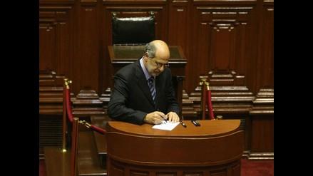 Daniel Abugattás y su exabrupto en el Congreso de la República